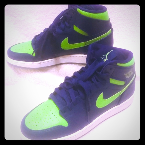 separation shoes 3b05b 1fea2 Jordan 1 retro high concord electric green 7 youth. NWT. Nike